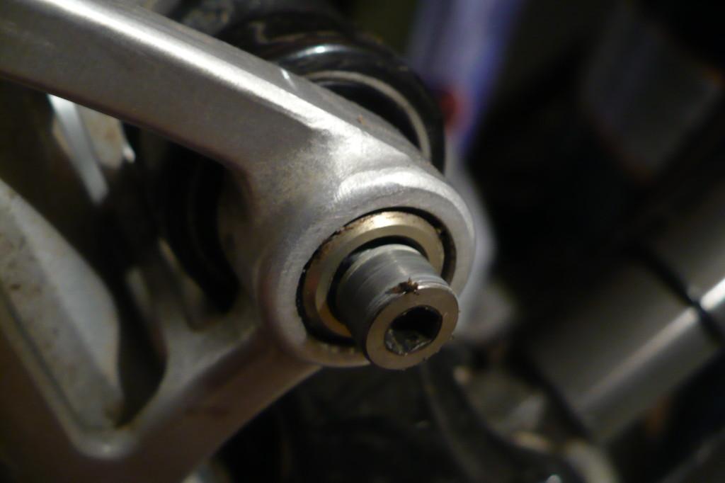 Santa Cruz VPP Pivot Axle